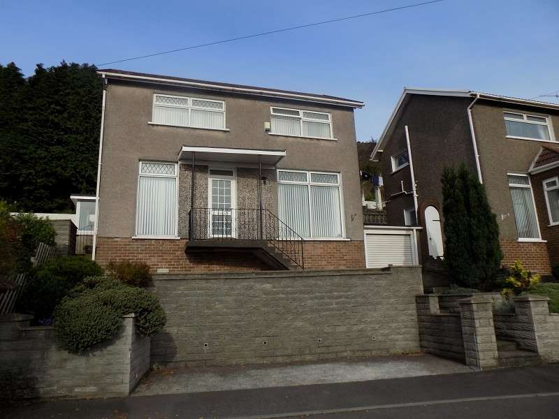 4 Bedrooms Detached House for sale in Broomhill , Port Talbot, Neath Port Talbot. SA13 2US