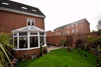 3 Bedrooms Semi Detached House for sale in Ionian Drive, City Point, Derby, DE24 1AF