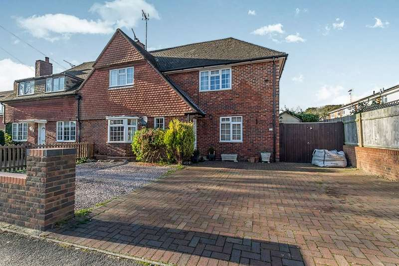 4 Bedrooms Semi Detached House for sale in Douglas Road, Lenham, Maidstone, ME17