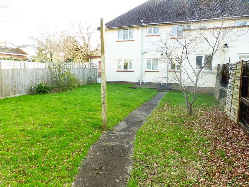 2 Bedrooms Ground Flat for sale in Nightingale Place, Dinas Powys