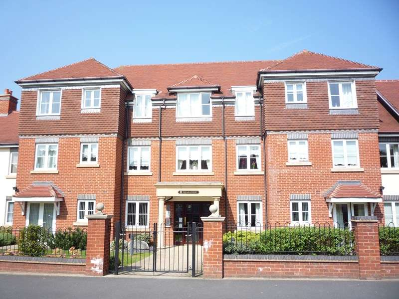 1 Bedroom Retirement Property for sale in Union Road, Shirley, Solihull