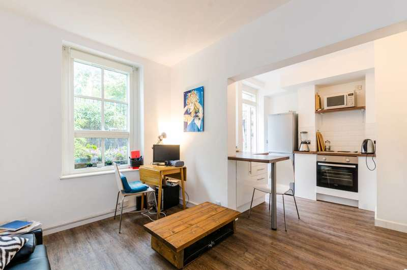 1 Bedroom Flat for sale in Wilmot Street, Bethnal Green, E2