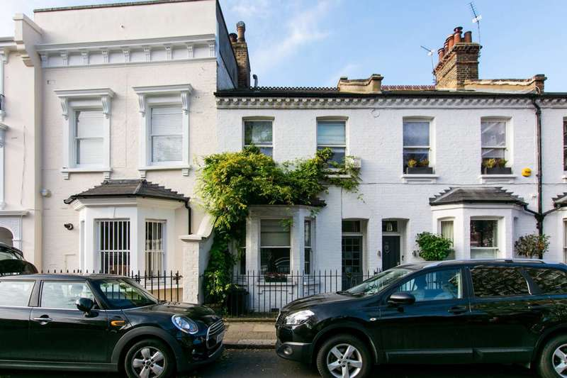 4 Bedrooms House for sale in Battersea High Street, Battersea Square, SW11