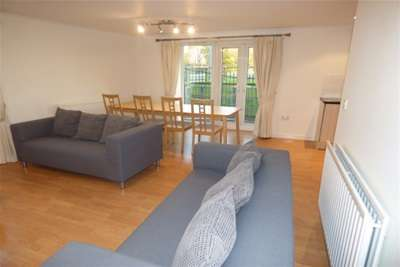 2 Bedrooms Flat for rent in STOCKTON ON TEES, Grosvenor House