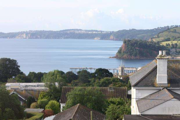 1 Bedroom Flat for sale in Inchanga House, Second Drive, Dawlish Road, Teignmouth