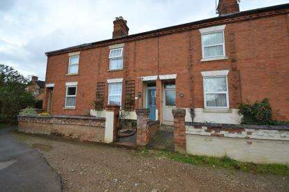 2 Bedrooms Terraced House for sale in Beaconsfield Place, Rushden, Northamptonshire