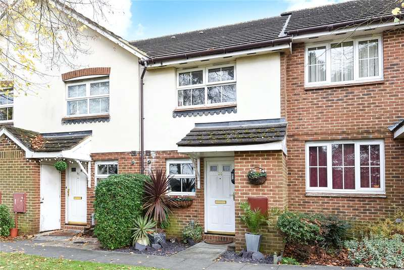 2 Bedrooms Terraced House for sale in Foxleys, Watford, WD19