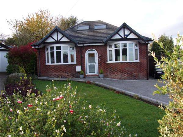 3 Bedrooms Bungalow for sale in Malvern Ave, Cheadle