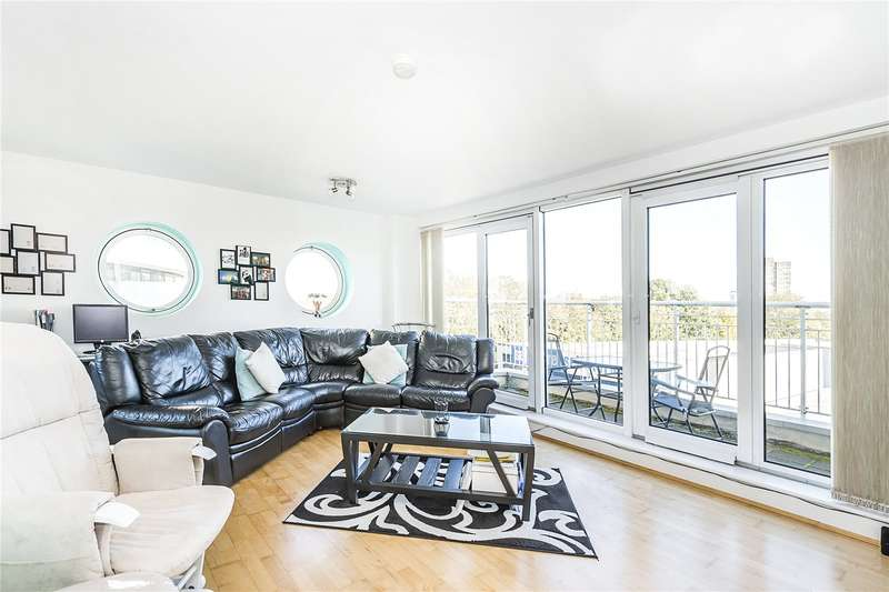 2 Bedrooms Flat for sale in Oyster Wharf, 18 Lombard Road, London, SW11