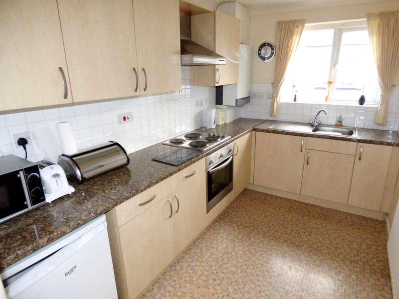 2 Bedrooms Flat for rent in Caroline Mews, Redcar