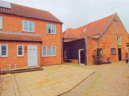 3 Bedrooms End Of Terrace House for sale in Swaffham, Norfolk, .