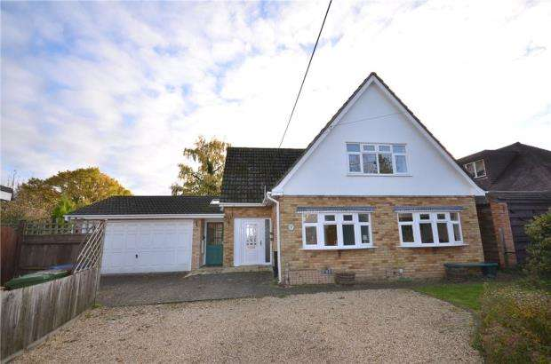 4 Bedrooms Detached Bungalow for sale in Beehive Lane, Binfield, Bracknell