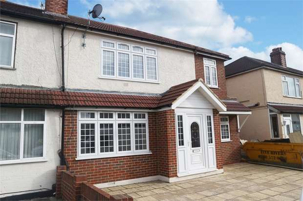 6 Bedrooms Semi Detached House for sale in Willowbrook Road, Staines-upon-Thames, Surrey