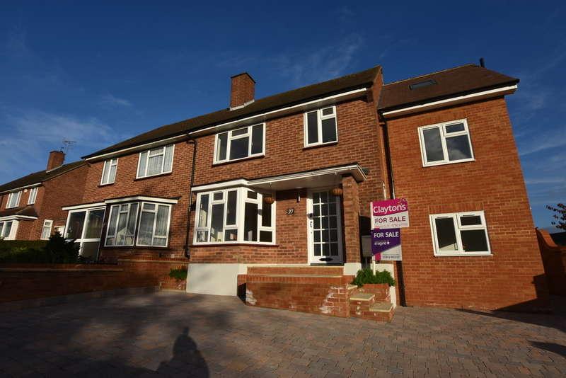 3 Bedrooms Terraced House for sale in Meriden Way, Watford