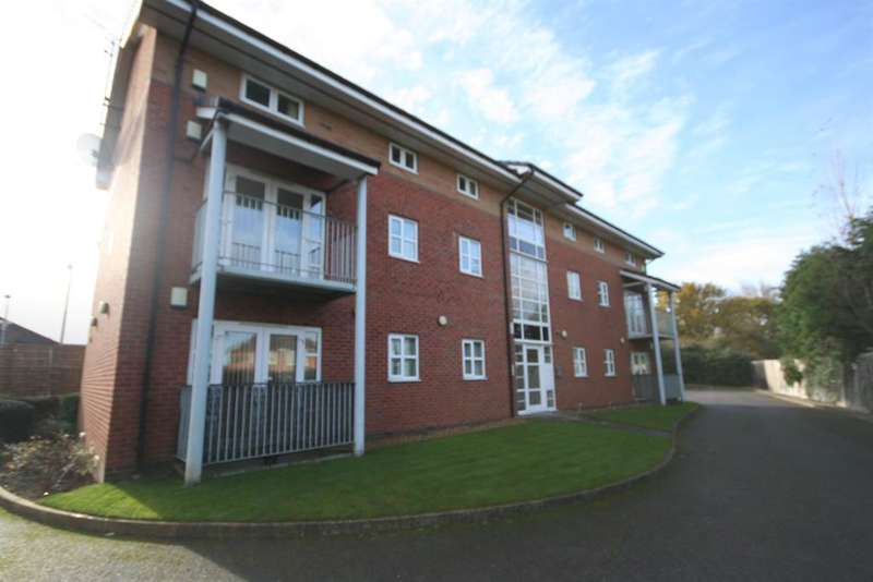 2 Bedrooms Flat for rent in Reeds Lane, Wirral, CH46 1QP