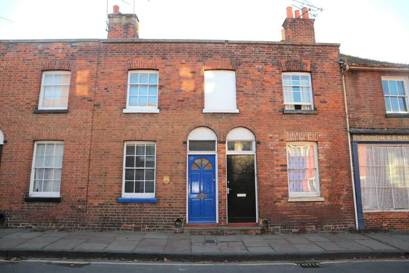 2 Bedrooms Terraced House for sale in Dover Street, Canterbury