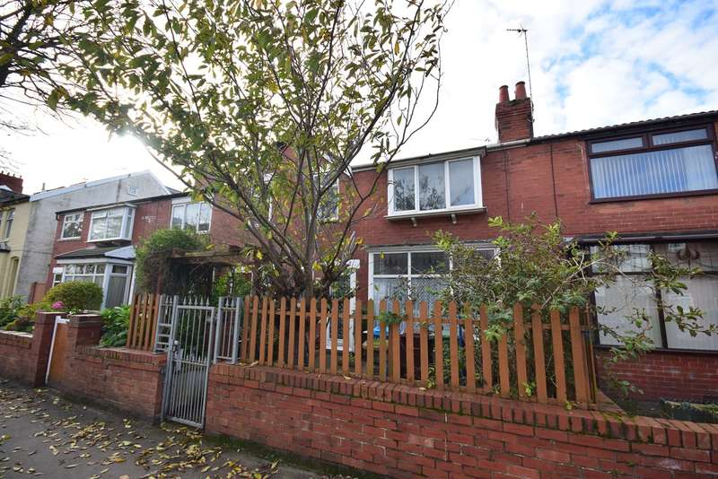 3 Bedrooms Terraced House for sale in St Andrews Road North, Lytham St Annes, FY8