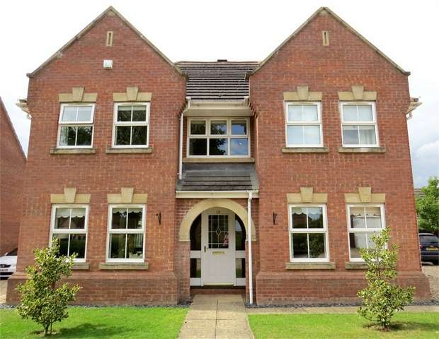 4 Bedrooms Detached House for sale in Bradley Close, Louth, Lincolnshire