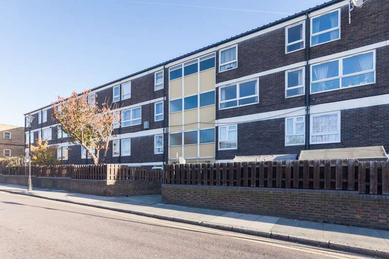 3 Bedrooms Flat for sale in Tay House, St. Stephens Road, Bow, E3