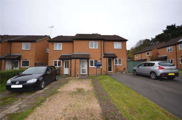 2 Bedrooms Terraced House for sale in Frensham, Bracknell, Berkshire