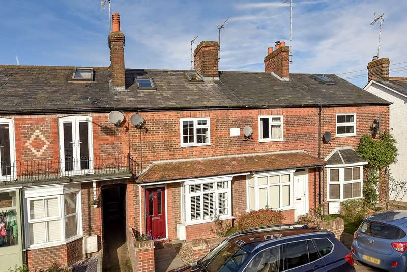 3 Bedrooms Terraced House for sale in High Street, Kimpton, Hitchin, SG4