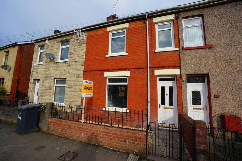 3 Bedrooms Terraced House for sale in Risca Road, Cross Keys, NEWPORT, NP11