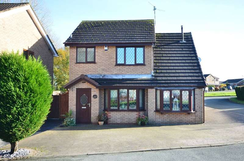 3 Bedrooms Detached House for sale in Canvey Grove, Meir Park, ST3 7TZ