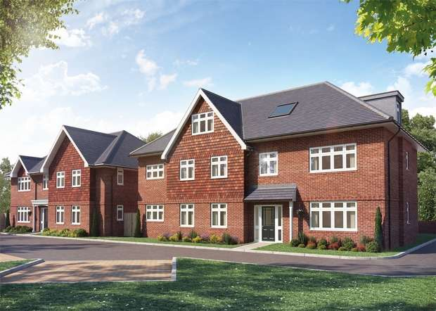 2 Bedrooms Flat for sale in Mistletoe Lodge, Lionel Avenue, Wendover, Bucks