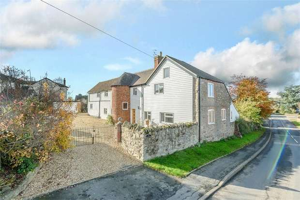 5 Bedrooms Detached House for sale in The Sheet, Ludlow, Shropshire