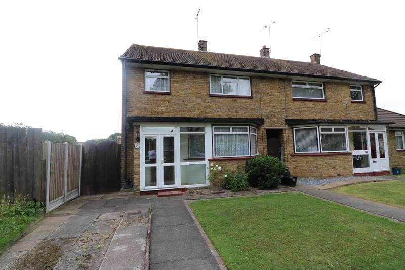 3 Bedrooms Semi Detached House for sale in Canterbury Avenue, Southend-On-Sea
