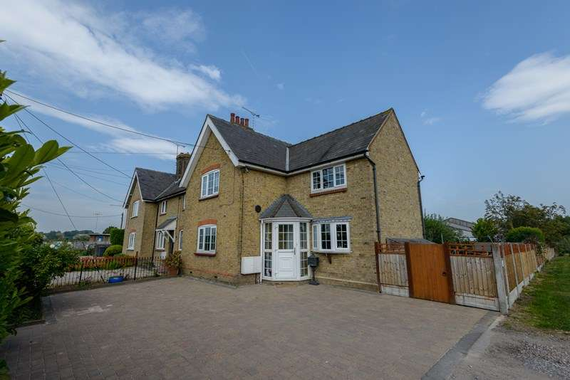 3 Bedrooms Cottage House for sale in Sutton & Shopland, Rochford