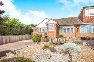 3 Bedrooms Bungalow for sale in Wind Hill Lane, Charing Heath, Ashford, Kent