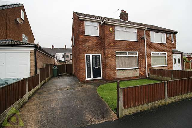 3 Bedrooms Semi Detached House for sale in Hanover Road, Hindley WN2