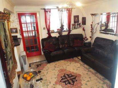 2 Bedrooms Bungalow for sale in Bideford Road, Coventry, West Midlands