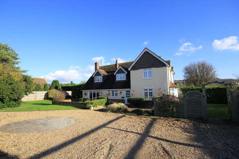 4 Bedrooms Detached House for sale in Monks Risborough | Princes Risborough