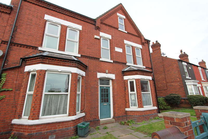 7 Bedrooms End Of Terrace House for sale in Littlemoor Lane, Balby