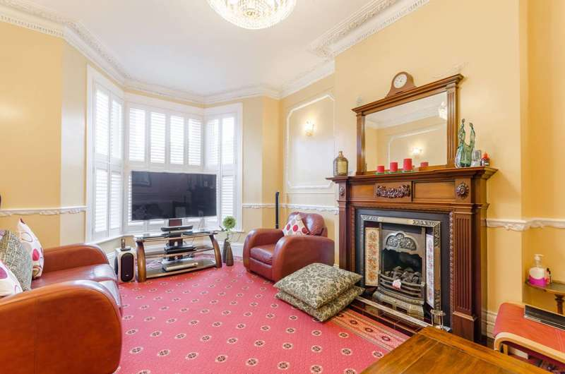 4 Bedrooms House for sale in Wellwood Road, Goodmayes, IG3