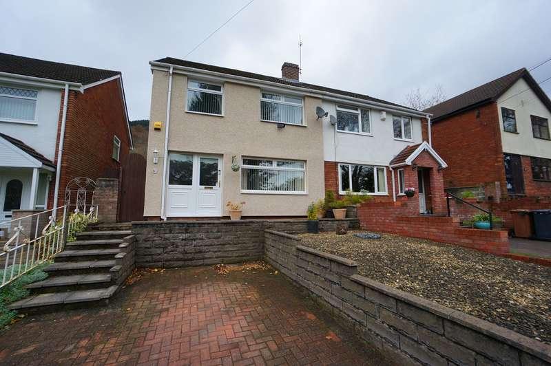 4 Bedrooms Semi Detached House for sale in Medart Street, Cross Keys, Newport, NP11