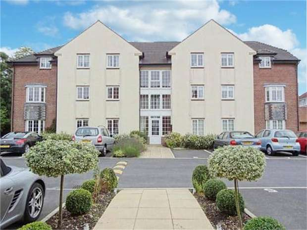 2 Bedrooms Flat for sale in Faulkners Lane, Knutsford, Cheshire