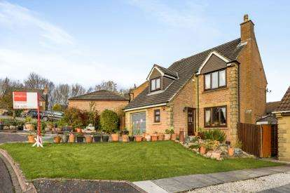 4 Bedrooms Detached House for sale in Pinder Close, Richmond, North Yorkshire