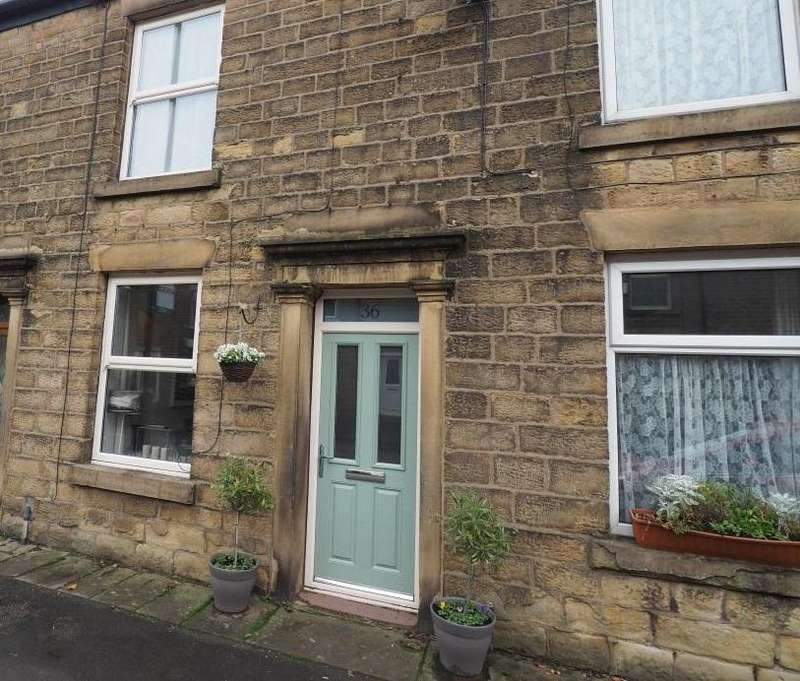2 Bedrooms Terraced House for sale in New Mills Road, Hayfield, High Peak, Derbyshire, SK22 2EU