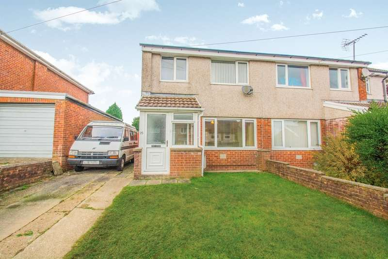 3 Bedrooms Semi Detached House for sale in Fairways, Bargoed