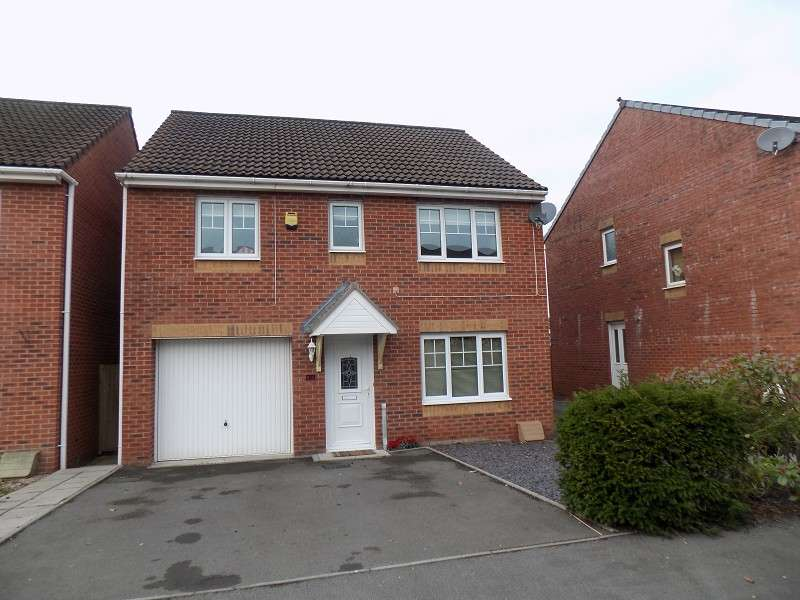 4 Bedrooms Detached House for sale in May Drew Way, Briton Ferry, Neath, Neath Port Talbot. SA11