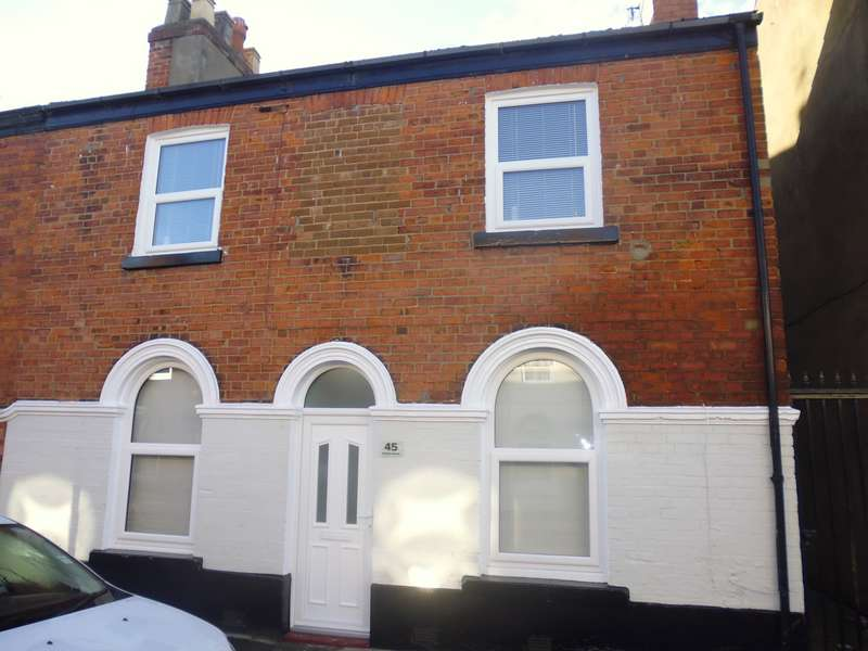 4 Bedrooms End Of Terrace House for rent in Victoria Street, Scarborough, YO12