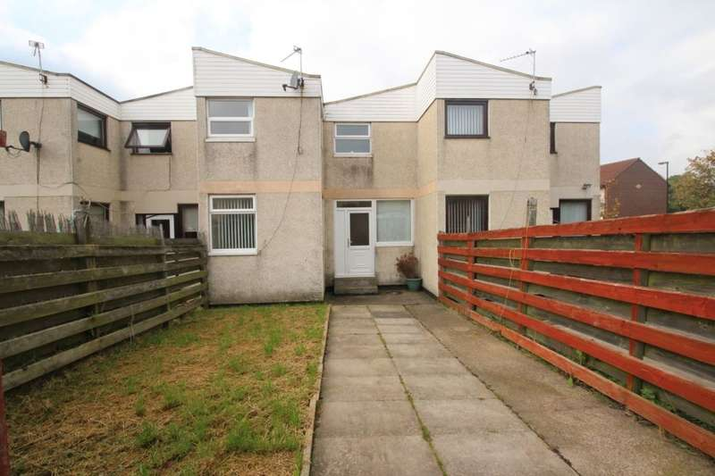 3 Bedrooms Property for sale in Angus Close, Newcastle Upon Tyne, NE12