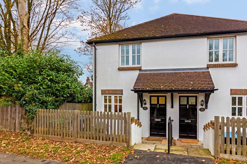 2 Bedrooms Semi Detached House for sale in Water End Road, Potten End