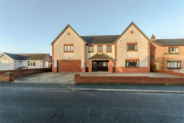 4 Bedrooms Detached House for sale in Avocet Crescent, Askam-in-Furness, Cumbria