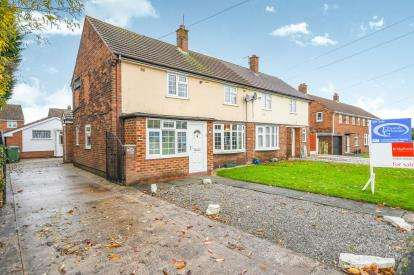 4 Bedrooms Semi Detached House for sale in York Avenue, Culcheth, Warrington, Cheshire