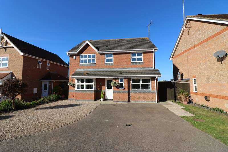 4 Bedrooms Detached House for sale in Alexandra Road, Great Wakering