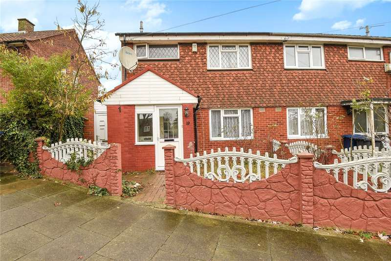 3 Bedrooms Semi Detached House for sale in Redcar Close, Northolt, Middlesex, UB5